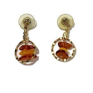 Jewelry - Gold and amber earrings